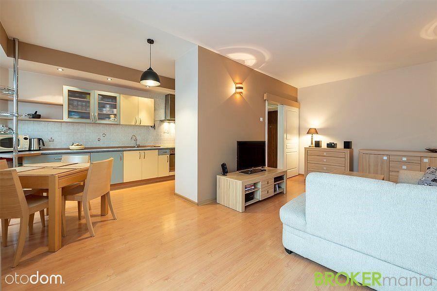 Przytulne mieszkanie w centrum, 1440 zł + opłaty
