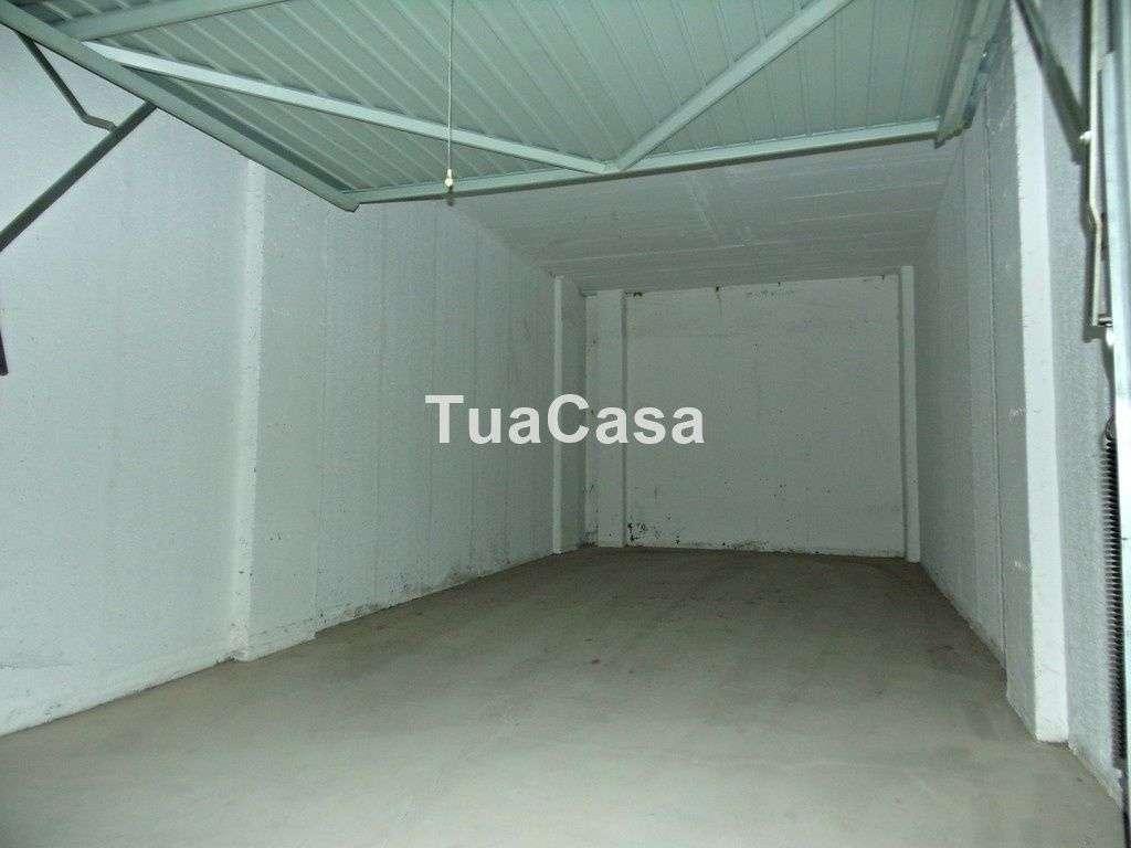 Garagem para comprar, Olhão - Foto 1