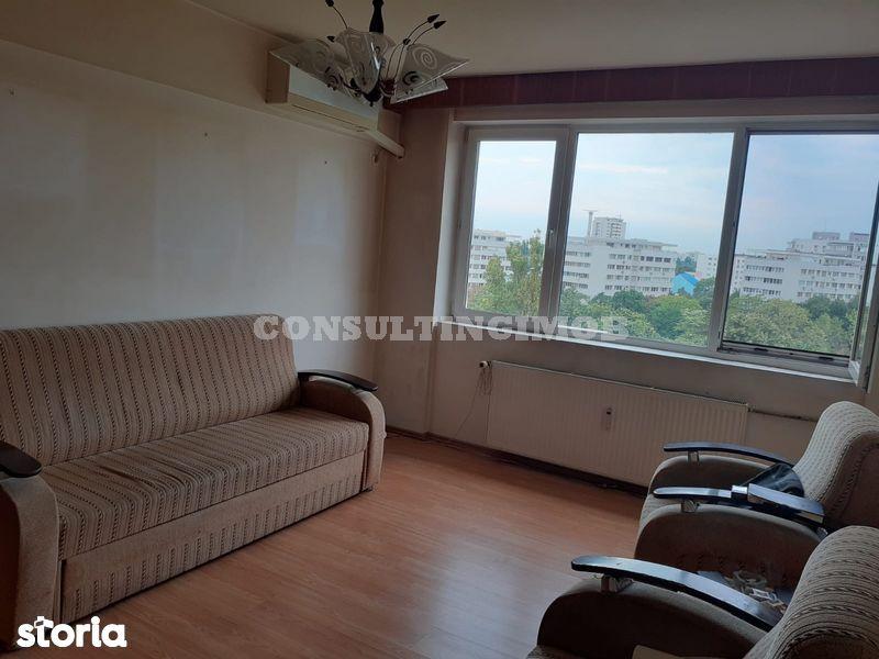 Titan- Potcoava, apartament 3 camere, liber