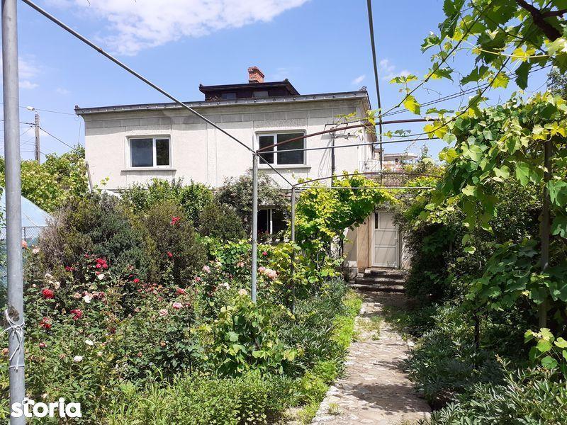 Casa cu 3252 mp teren Calea Nationala-Rompetrol