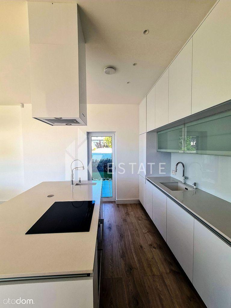 Zamieszkaj z rodziną w pięknym, nowoczesnym domu w
