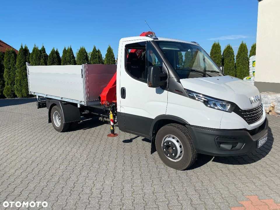 Iveco Dally  Iveco Dally wywrotka + HDS Fassi + pilot - 1