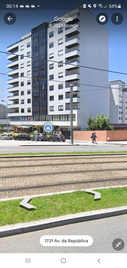 T3 J.Camilo na Avenida da republica c/metro porta