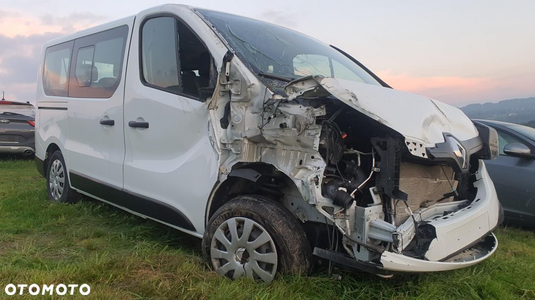 Renault Trafic 1.6Dci 9 osobowy - 3