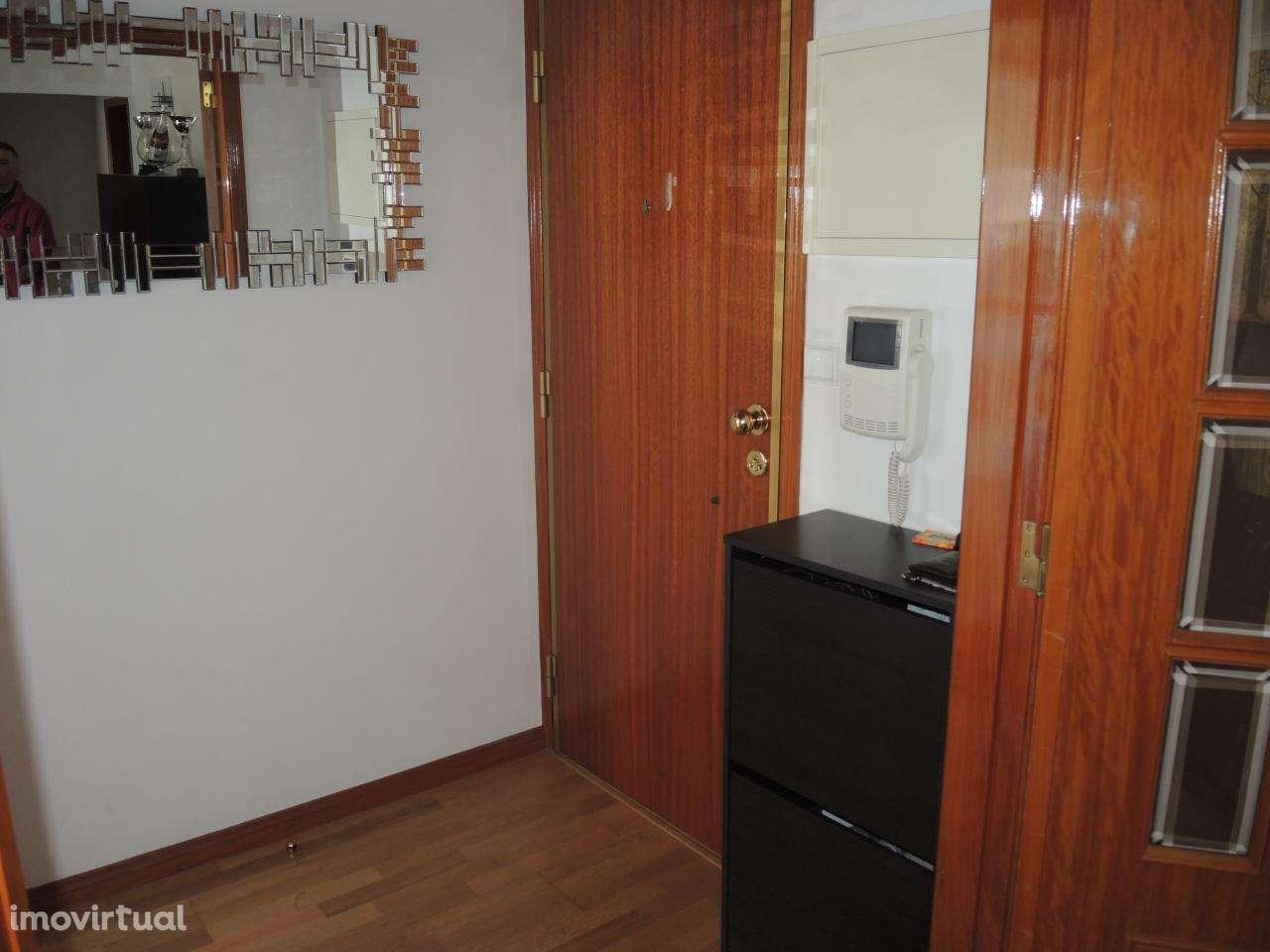 Apartamento para comprar, Carnaxide e Queijas, Lisboa - Foto 28