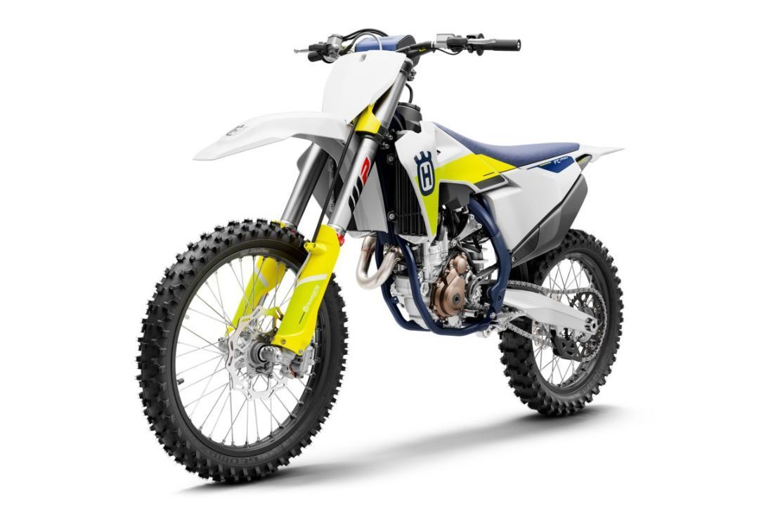 Husqvarna FC 250 Model 2021 + Okleina Adventure Team - 2