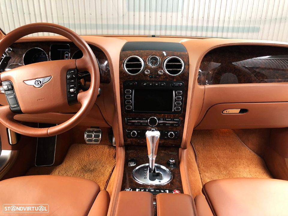 Bentley Continental Flying Spur 5 Lugares 6.0L W12 - 31
