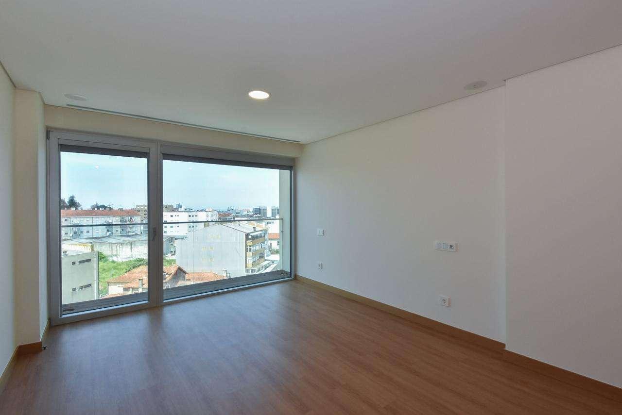 Apartamento para comprar, Mafamude e Vilar do Paraíso, Porto - Foto 49