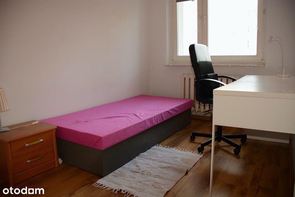 Idealne dla studentów, 4 (3sypialnie+salon) pokoje