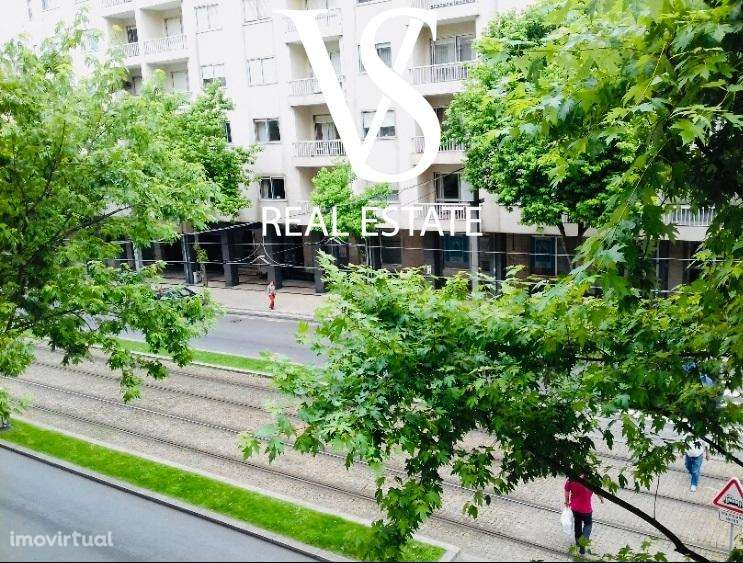 Apartamento para arrendar, Mafamude e Vilar do Paraíso, Vila Nova de Gaia, Porto - Foto 1
