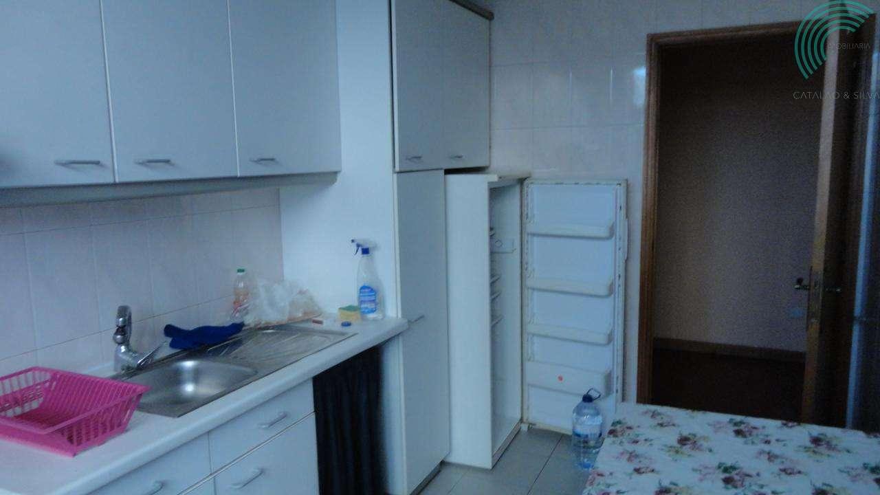 Apartamento para arrendar, Vila Real (Nossa Senhora da Conceição, São Pedro e São Dinis), Vila Real - Foto 2