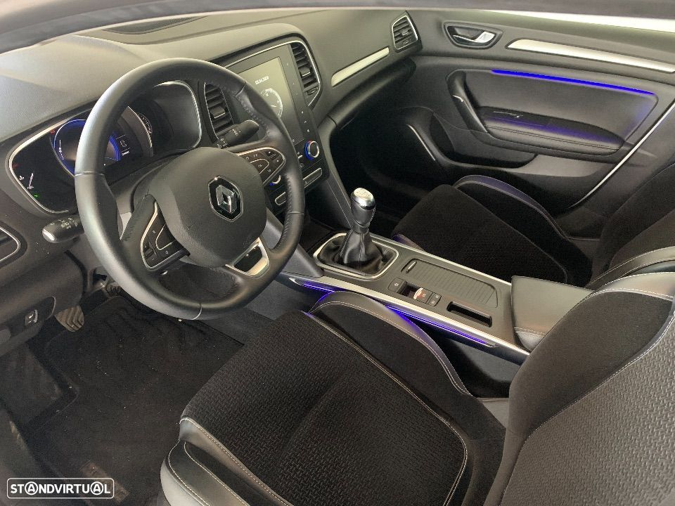 Renault Mégane Grand Coupe 1.6 dCi Executive - 11