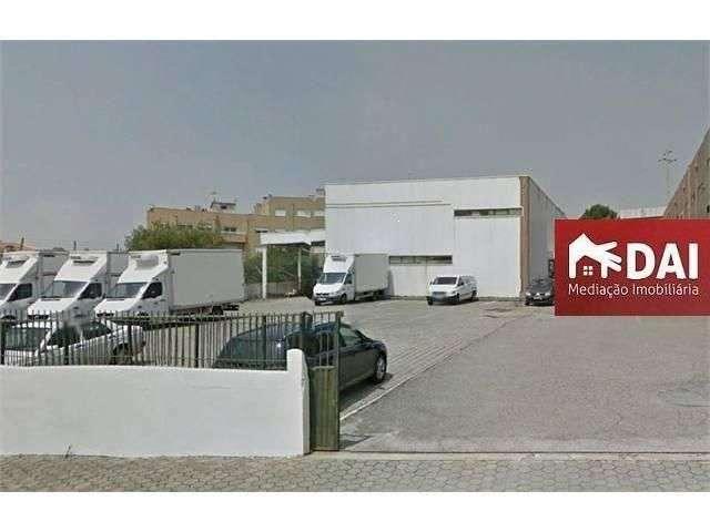 Armazém para arrendar, Mafamude e Vilar do Paraíso, Vila Nova de Gaia, Porto - Foto 1