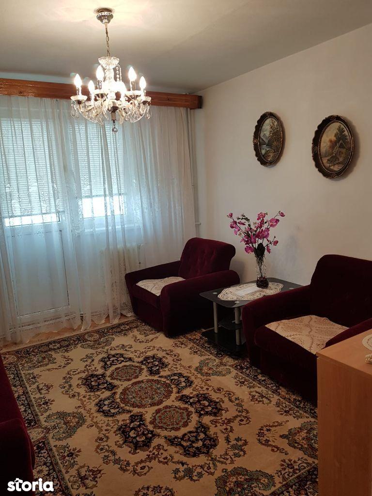Apartament 2 camere , Cetate , etaj 01