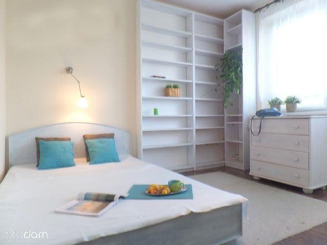Komfortowe z garderobą, 42m², Wyżyny