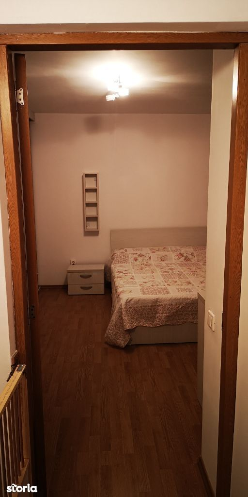 Apartament 3 camere la mansarda, zona Brancoveanu