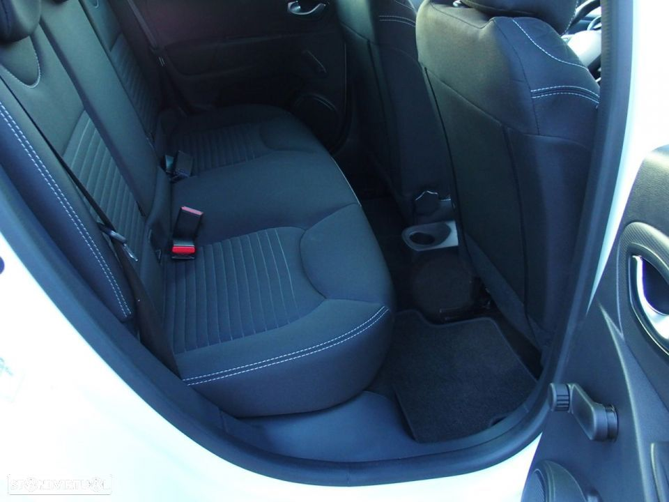 Renault Clio 1.5 Dci LIMITED GPS - 34