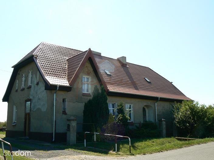 Sprzedam część dawnej szkołyz ogrodem Jelitowo k/Ż