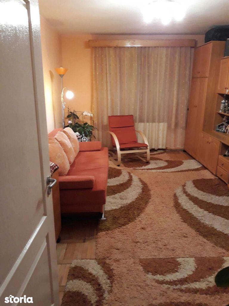 Tudor - Apartament 3 camere de vanzare - Str. Livezeni