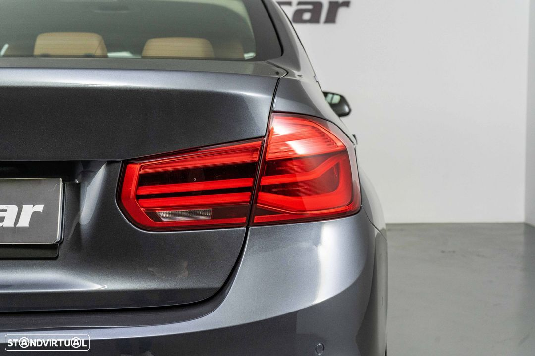 BMW 330 iPerformance Hybrid Plug-in Sport Navi - 16