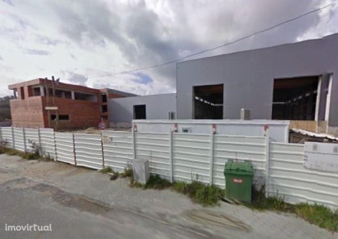 Armazém Industrial no parque de negócios em Montemor-o-Velho