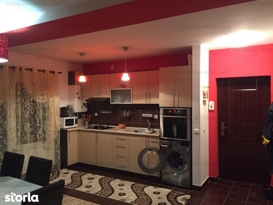 Apartament 3 camere, decomandat (zona Floresti)