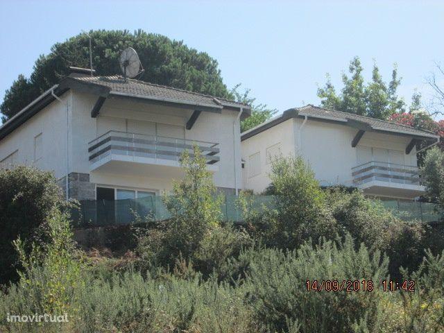 Ref.3440 Moradia 4 frentes Castelo de Paiva