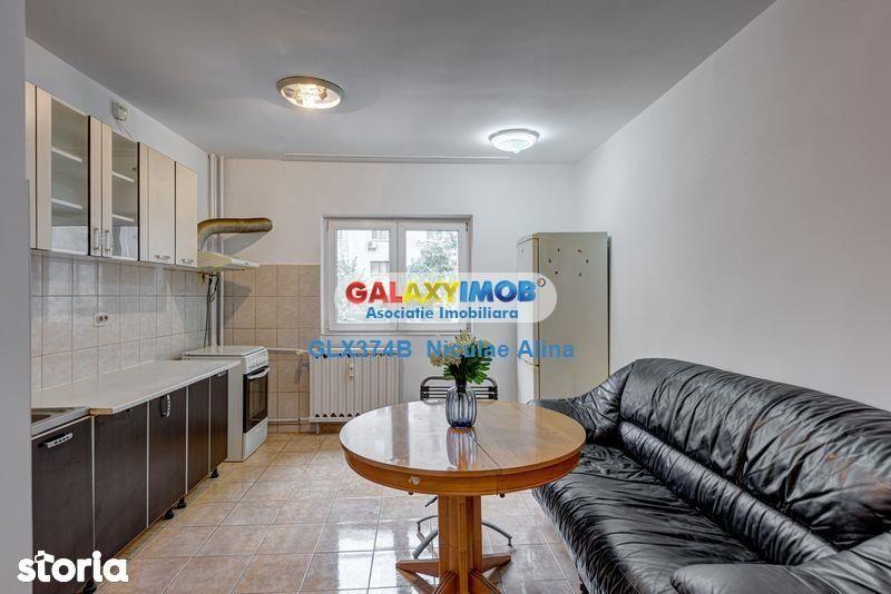 Apartament 3 camere etaj 2 hol tip H str. Spatarul Preda zona Salaj