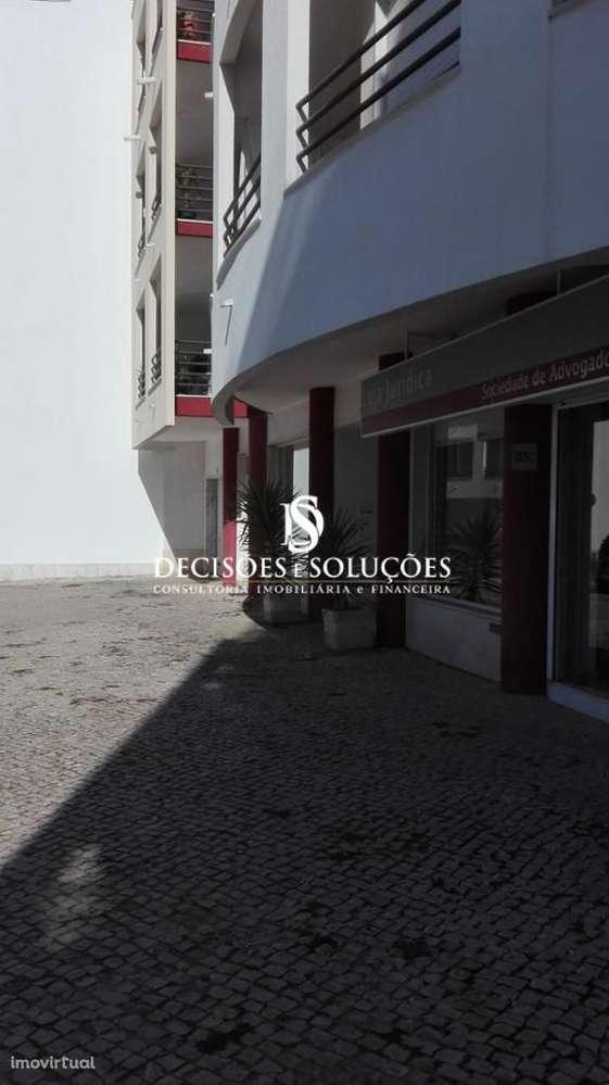 Loja para comprar, Charneca de Caparica e Sobreda, Setúbal - Foto 1