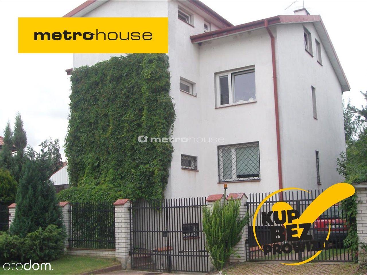 Dom 280 m2, 4 oddzielne mieszkania,2 garaże,ogród.