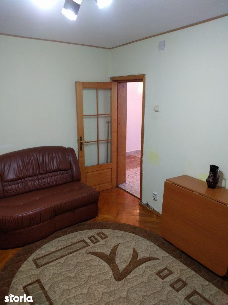 Apartament 3 camere -Scoala 11- et 2