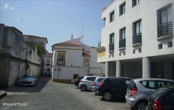 Garagem para comprar, Évora (São Mamede, Sé, São Pedro e Santo Antão), Évora - Foto 2