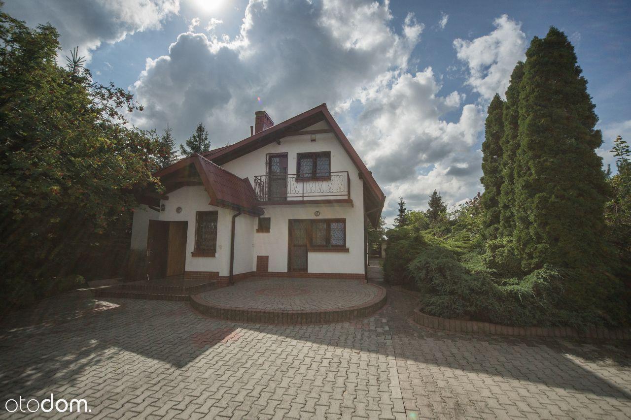 Dom całoroczny z dużą działką blisko lasu BEZPOŚR.