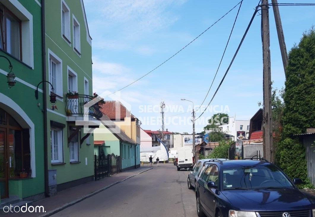 Budynek usługowo-mieszkalny w centrum Łeby
