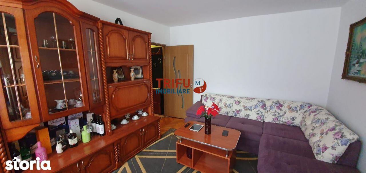 Apartament 2 camere semidecomandat, mobilat si utilat