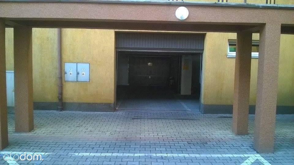 Miejsce postojowe Centrum cena 30000 zł