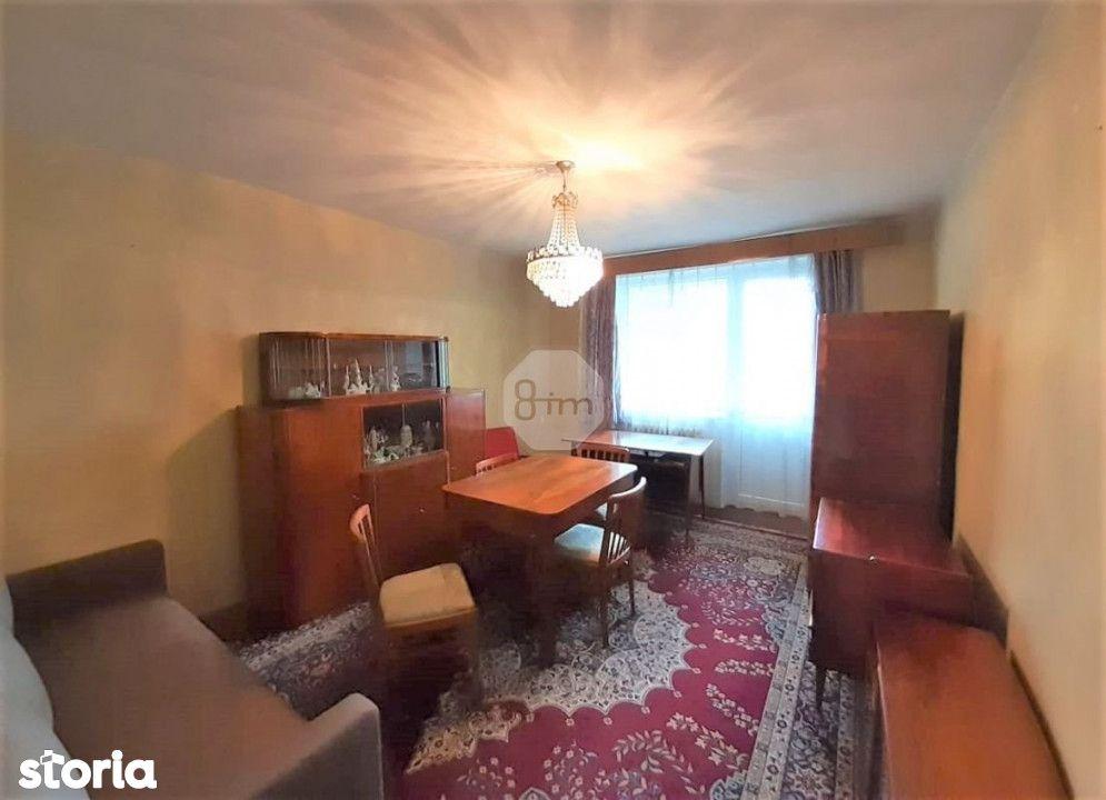 Apartament Decomandat, 3 Camere, 65 mp, Zona Strazii Venus !