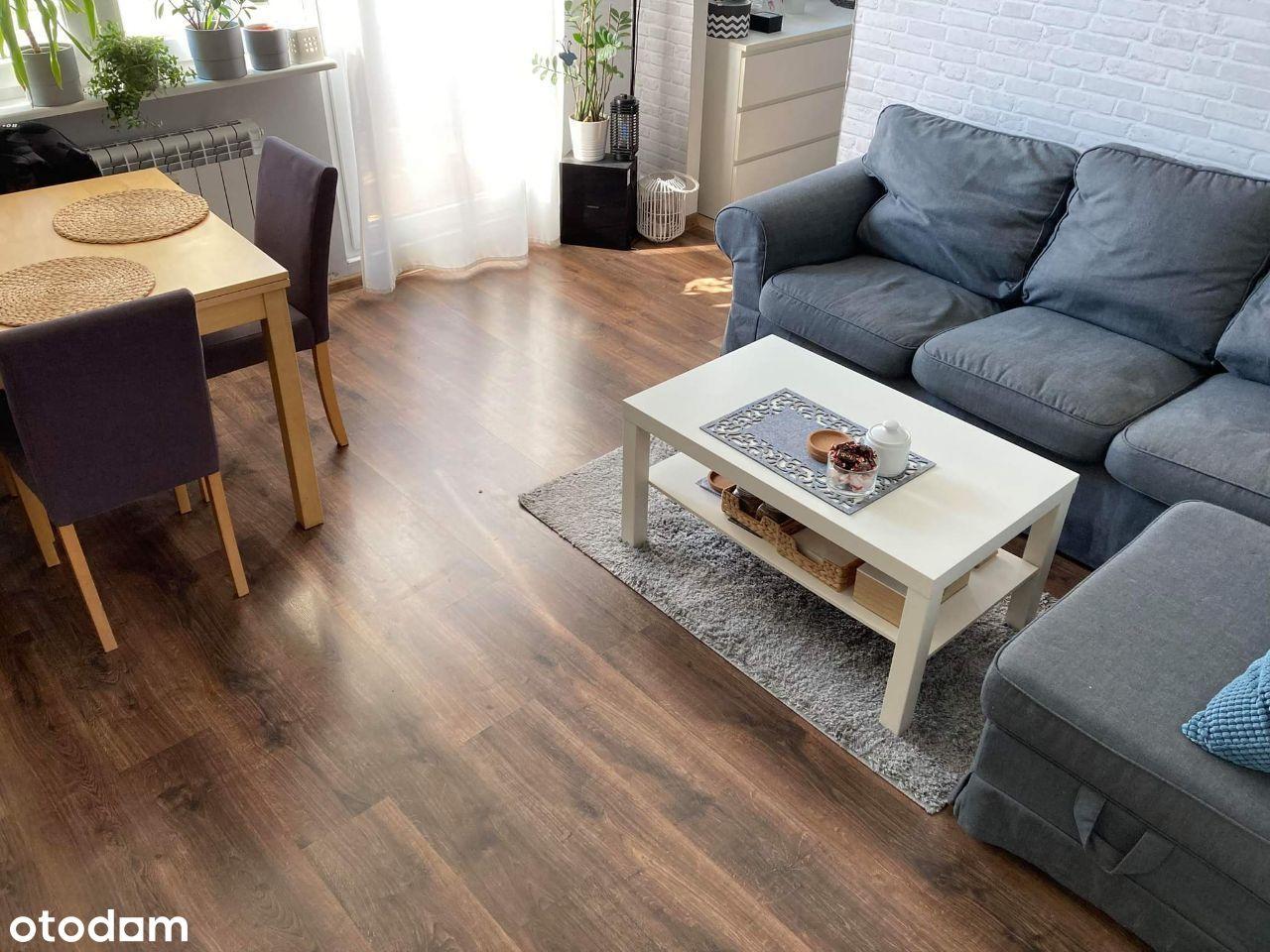 Piękne i słoneczne mieszkanie / Mieszka I / 54m2