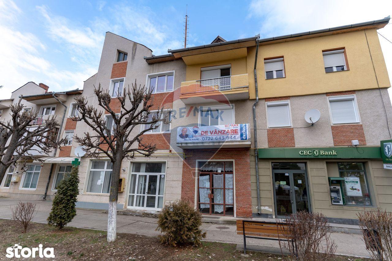 Apartament cu 3 camere de vânzare în zona Centrala a orasului Geoagiu