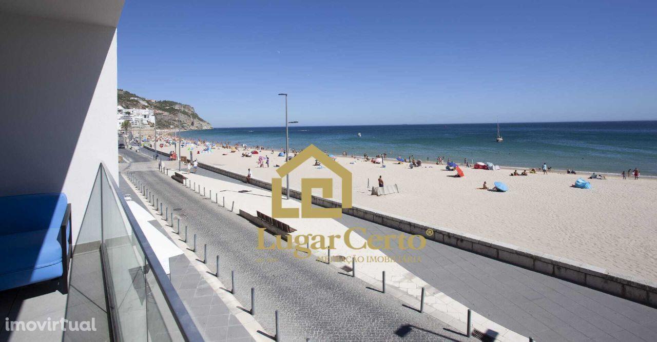 Apartamento t1+1 vista frontal mar terraço 1 linha da praia Sesimbra