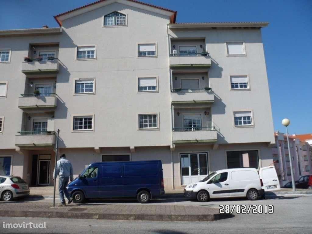 Loja para comprar, Oliveira do Hospital e São Paio de Gramaços, Oliveira do Hospital, Coimbra - Foto 1