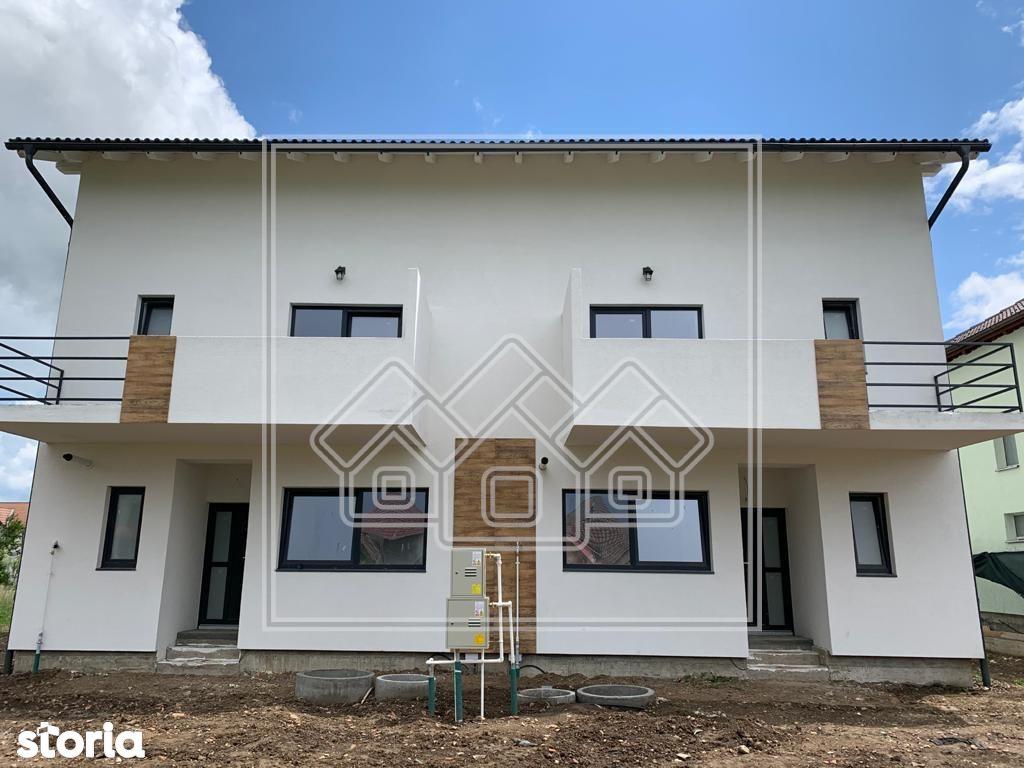 Casa in Selimbar cu Pod de 50 Mp si Curte Libera de 160 mp