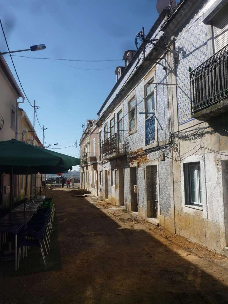 Prédio para comprar, Seixal, Arrentela e Aldeia de Paio Pires, Setúbal - Foto 2