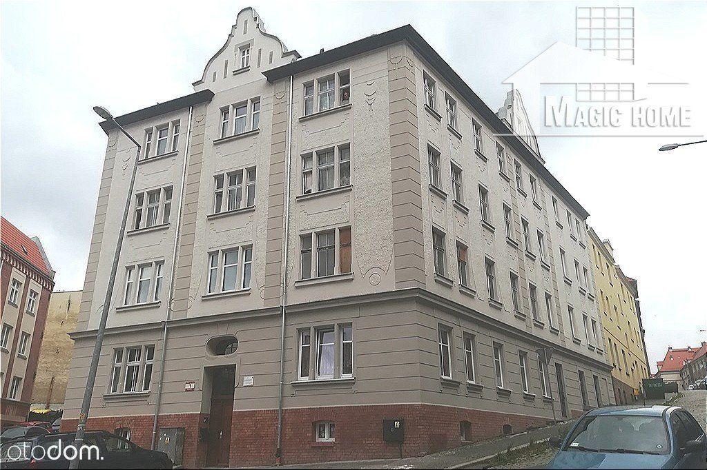 Przestronne mieszkanie 3-pokoje