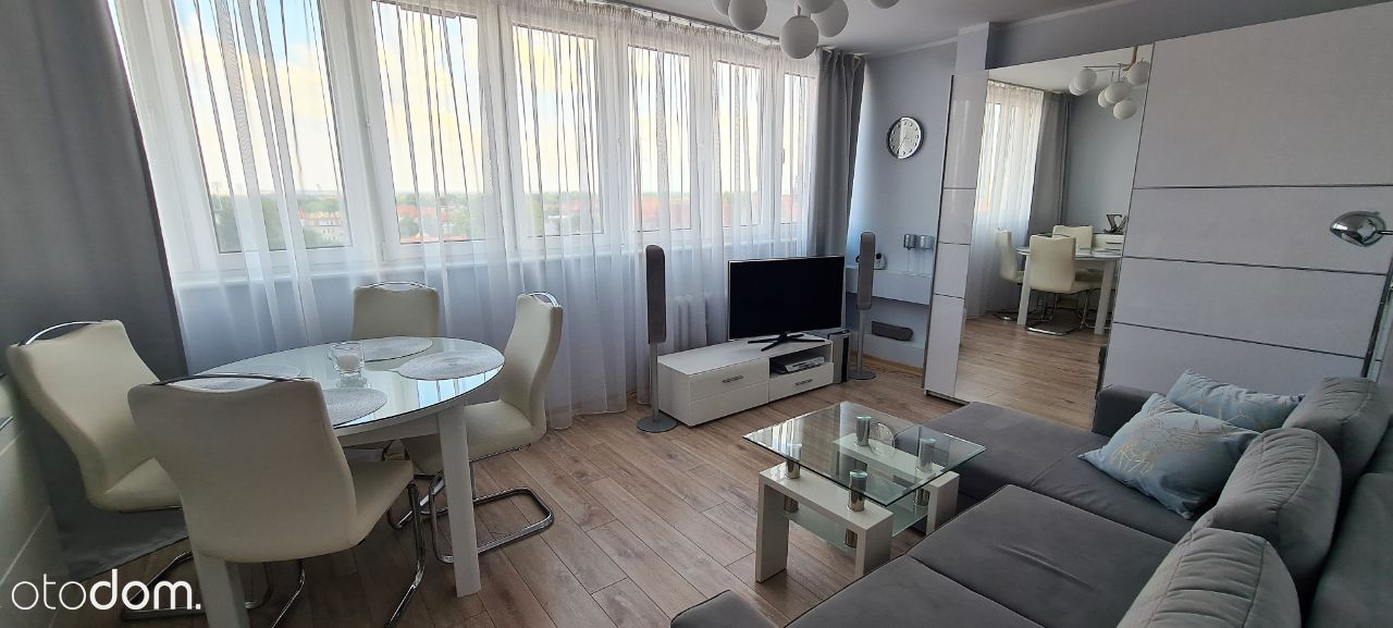 Apartament w sercu miasta - 53m2 - winda, parking