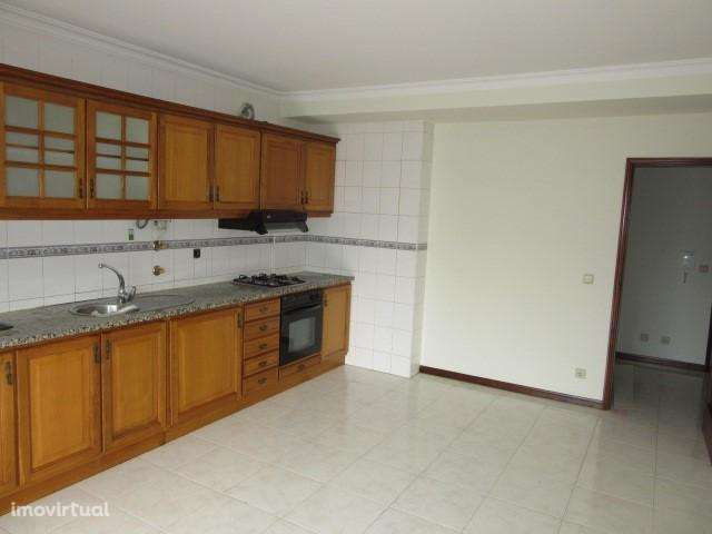 Apartamento para comprar, Viana do Castelo (Santa Maria Maior e Monserrate) e Meadela, Viana do Castelo - Foto 2