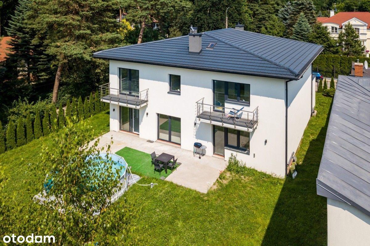 Nowy dom, wysoki standard, willowa okolica!