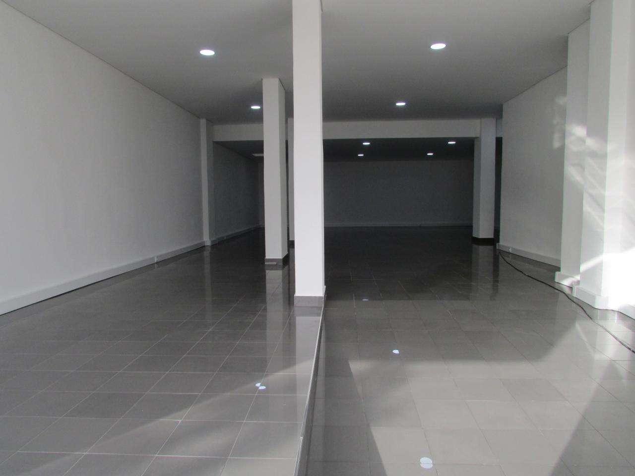 Loja para comprar, Laranjeiro e Feijó, Almada, Setúbal - Foto 4