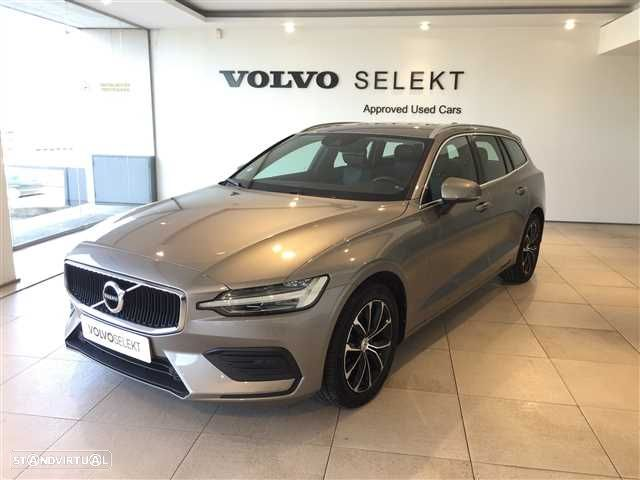 Volvo V60 2.0 D3 Momentum Geartronic - 1