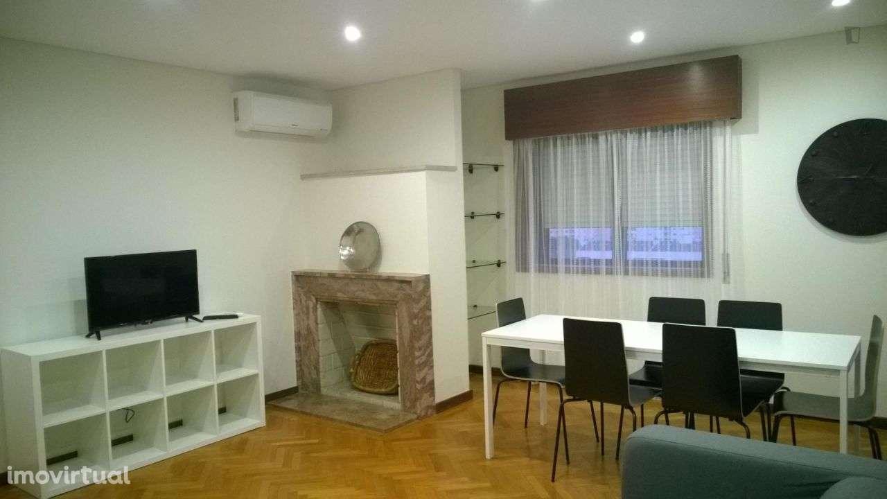 Quarto para arrendar, Cedofeita, Santo Ildefonso, Sé, Miragaia, São Nicolau e Vitória, Porto - Foto 2